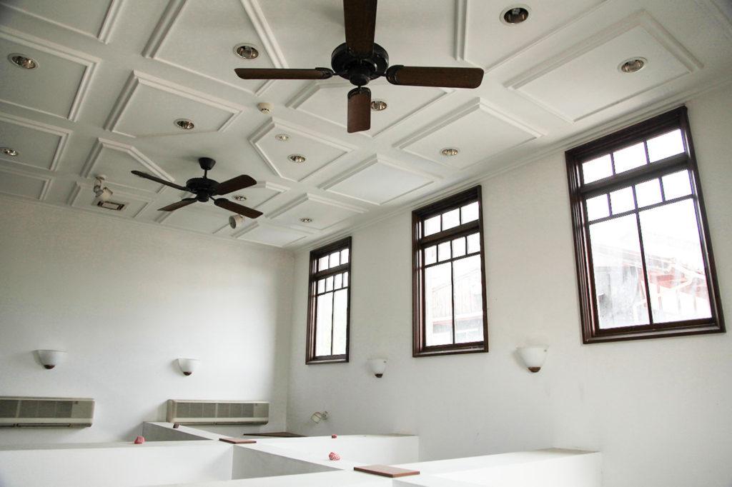 天井や天窓がモダンを感じさせます